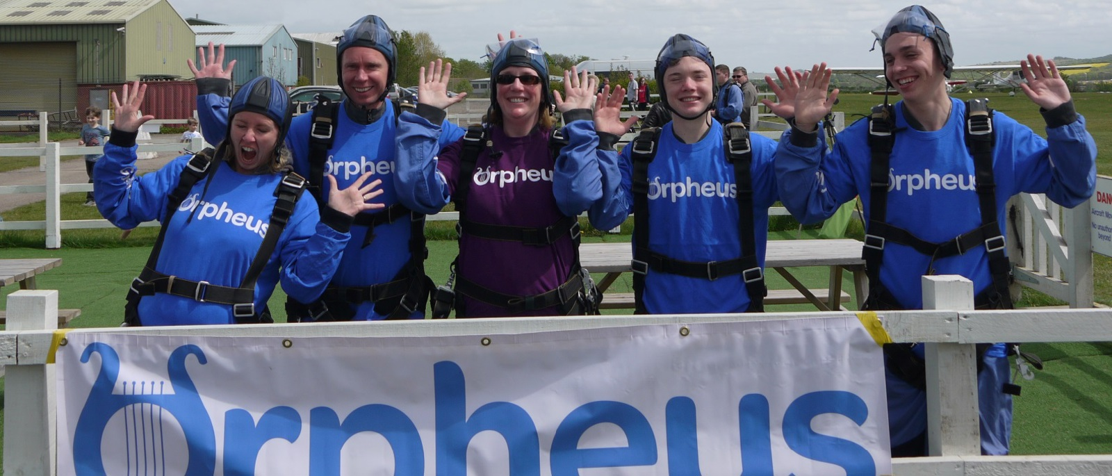 Sky dive in aid of Orpheus